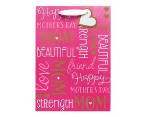 small celebrating mom gift bag