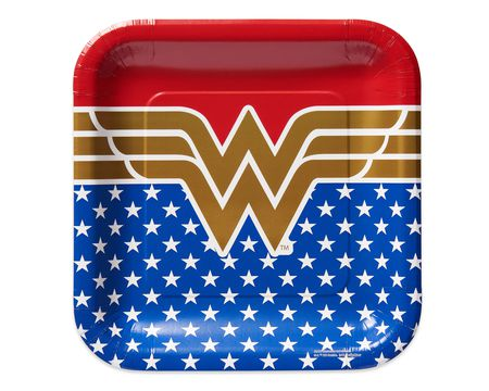 Wonder Woman 8-Count Dinner Square Plates