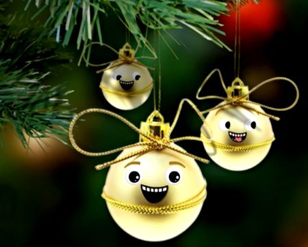Dueling Ornaments Funny Song