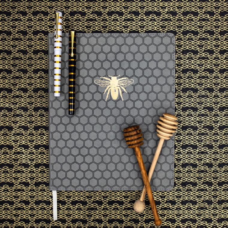 Eccolo Bee Desk-Size Journal Lifestyle