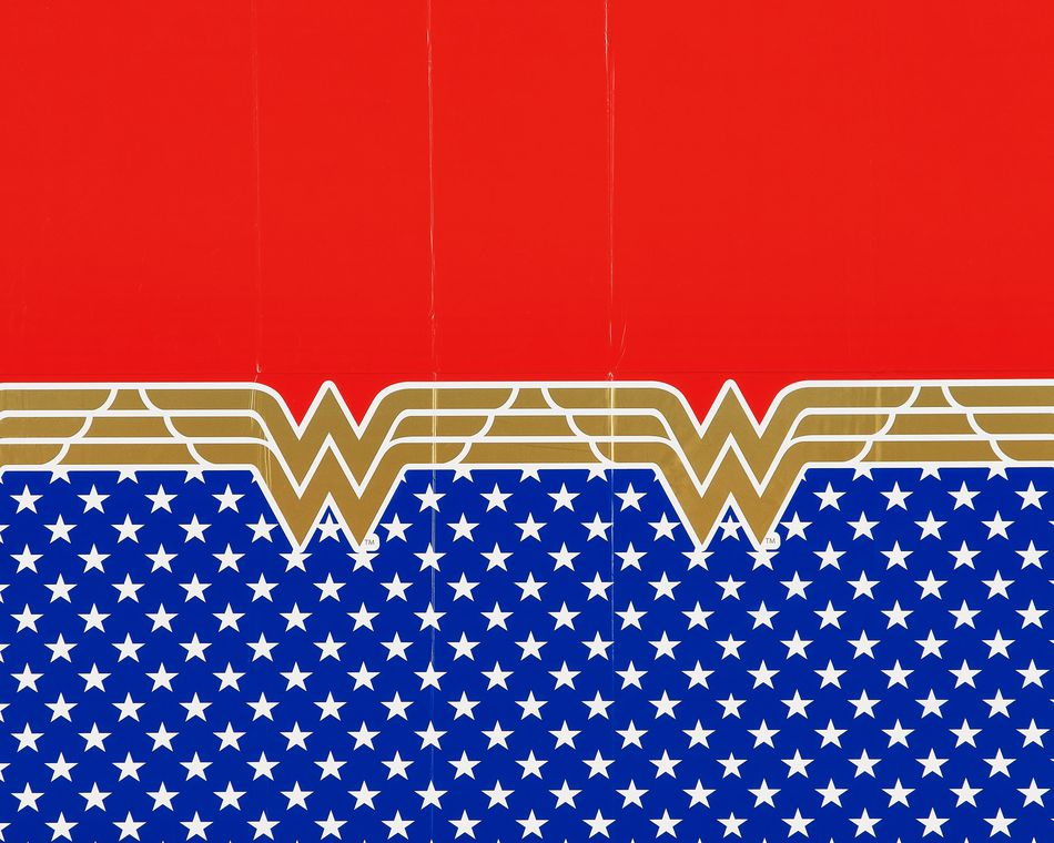 Wonder Woman Plastic Table Cover