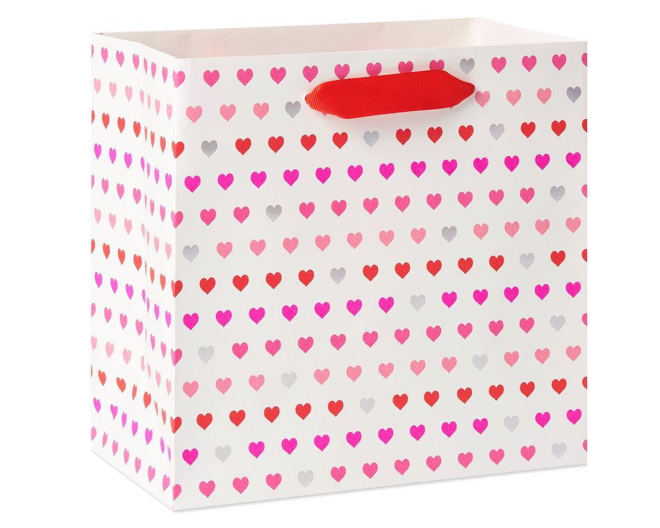 Medium Valentine's Day Gift Bag, Hearts, 1-Count